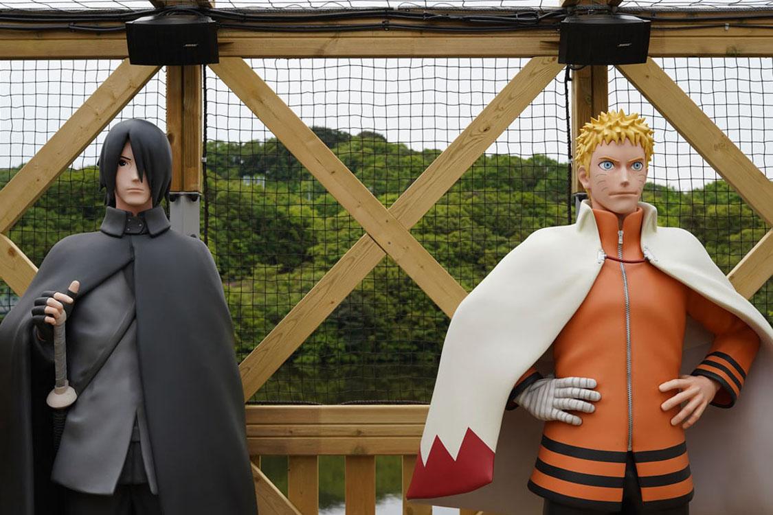 Statues Sasuke et Naruto