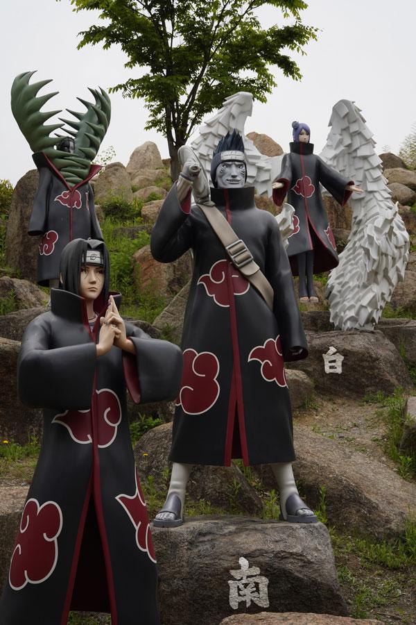 Statue Itachi