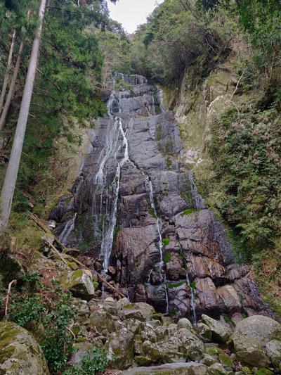 Sen-nin Waterfall
